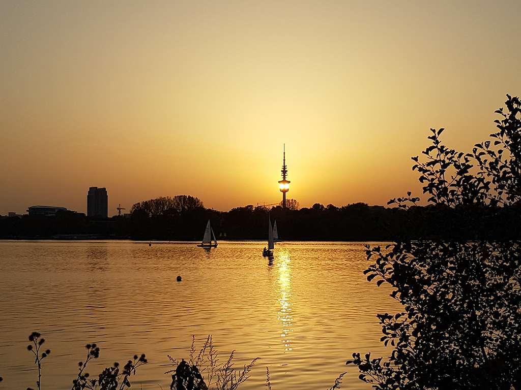 Sonnenuntergang Aussenalster Hamburg