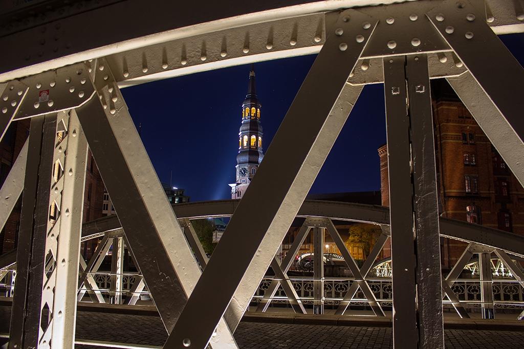 Hamburger Speicherstadt Brücke