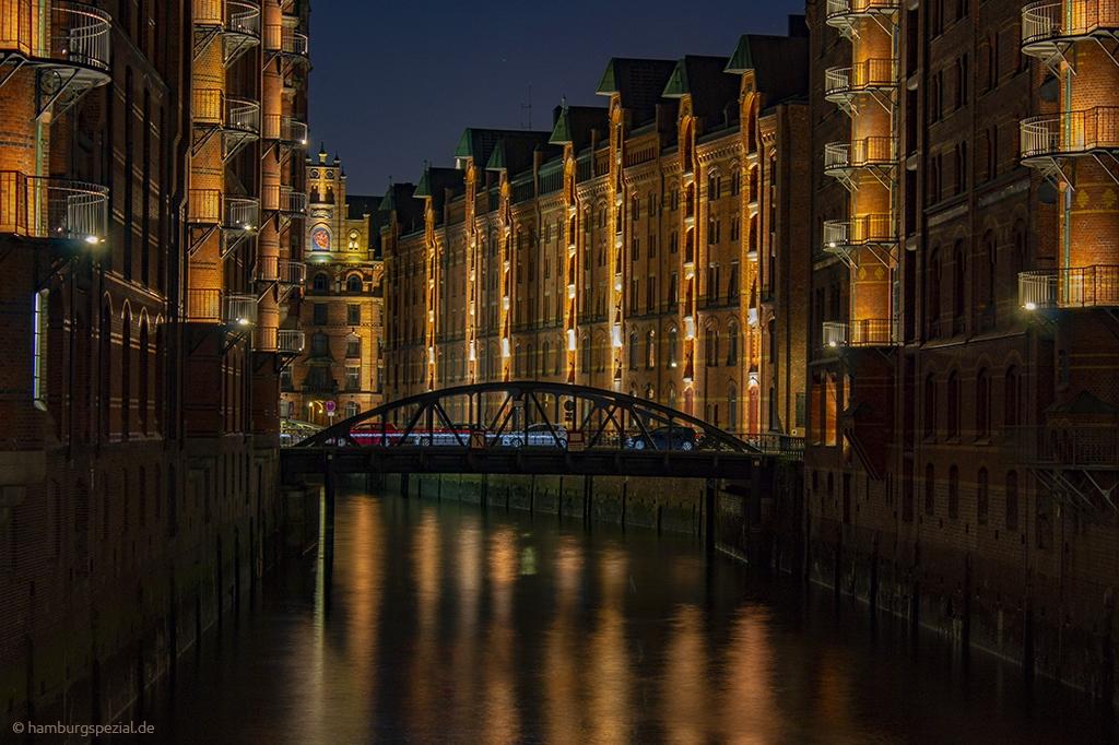 Speicherstadt Hamburg mit Brücke